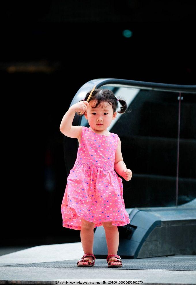 梳头发 妮妮 米妮 宝宝 卷发 可爱 幼儿 梳子 谢佳倪2周岁照片 儿童