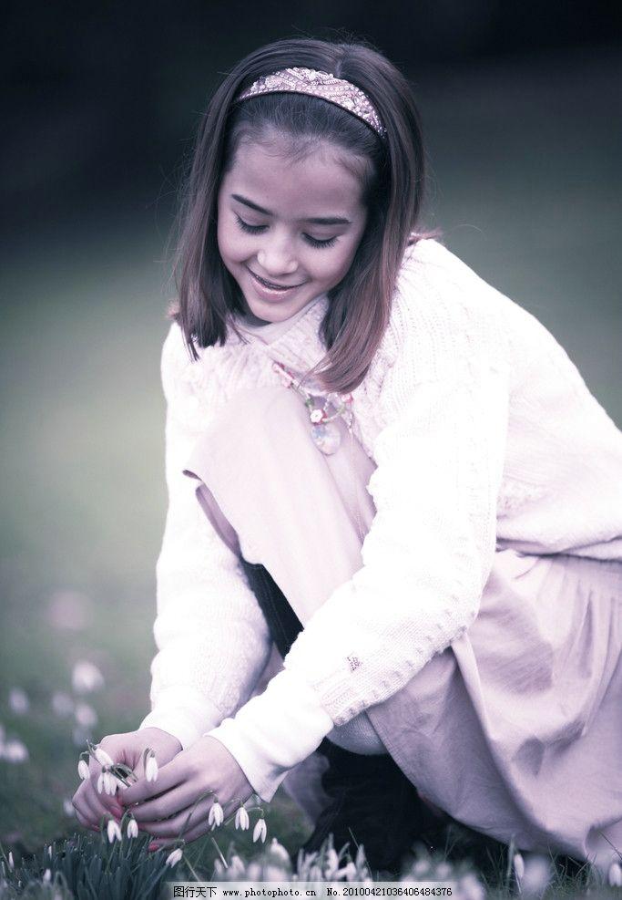 清纯可爱的英国女孩 西方 欧美 休闲 清新 头巾 花朵 女性女人 人物图