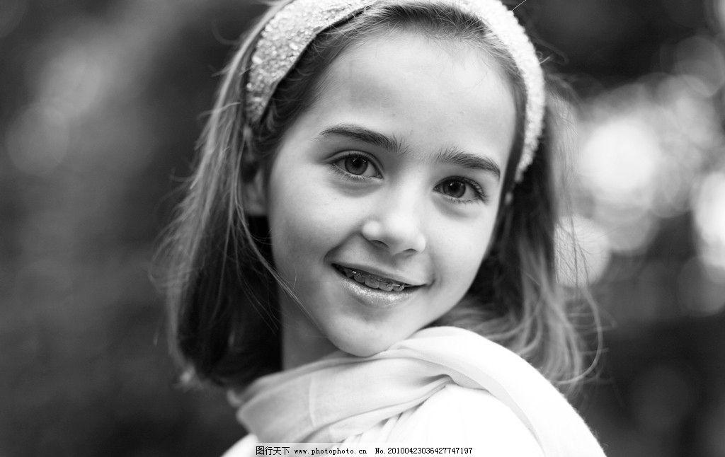 西方 欧美 休闲 清新 纯真 大自然 女孩 黑白 美女 外国女孩 儿童幼儿