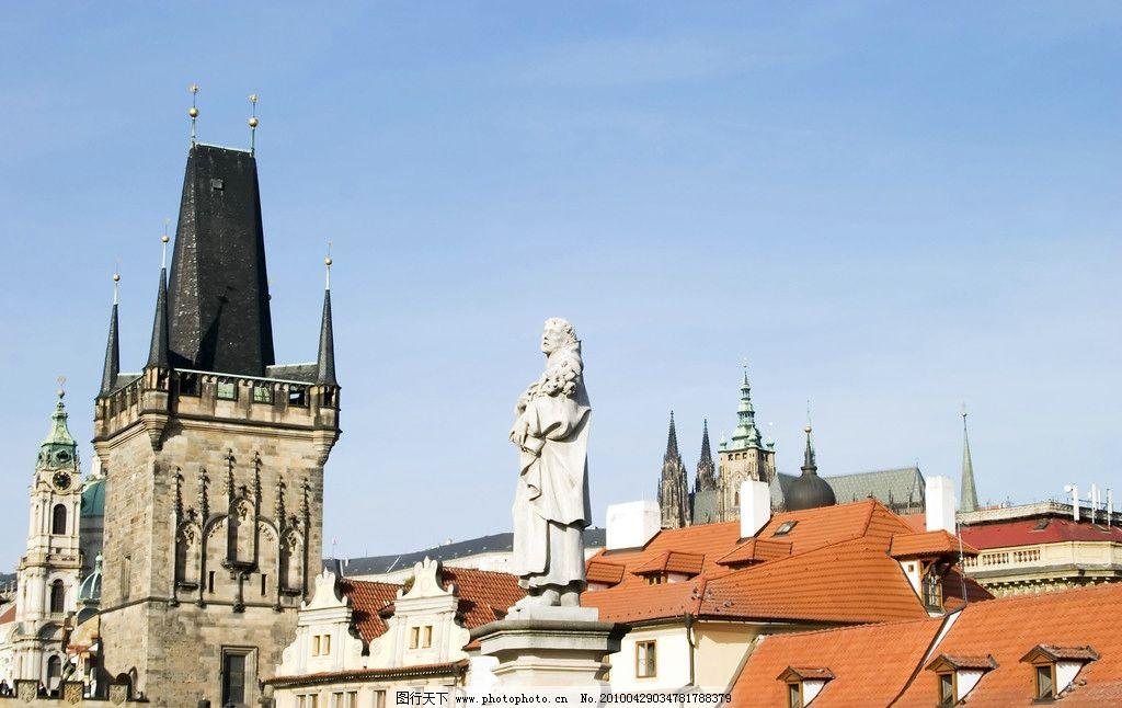 欧洲风情 欧式建筑 建筑房顶 红瓦白房 雕塑 钟楼 建筑景观 自然景观