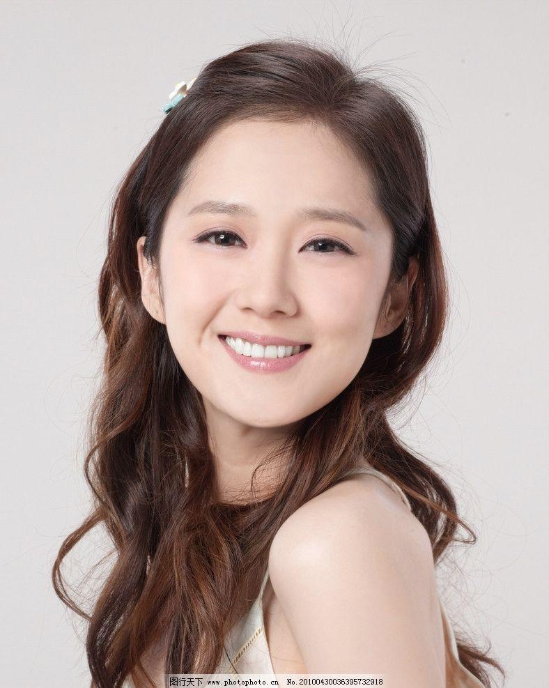 张娜拉 十二乐坊 明星代言 化妆品广告 保湿 美颜 护肤 洗护 美女