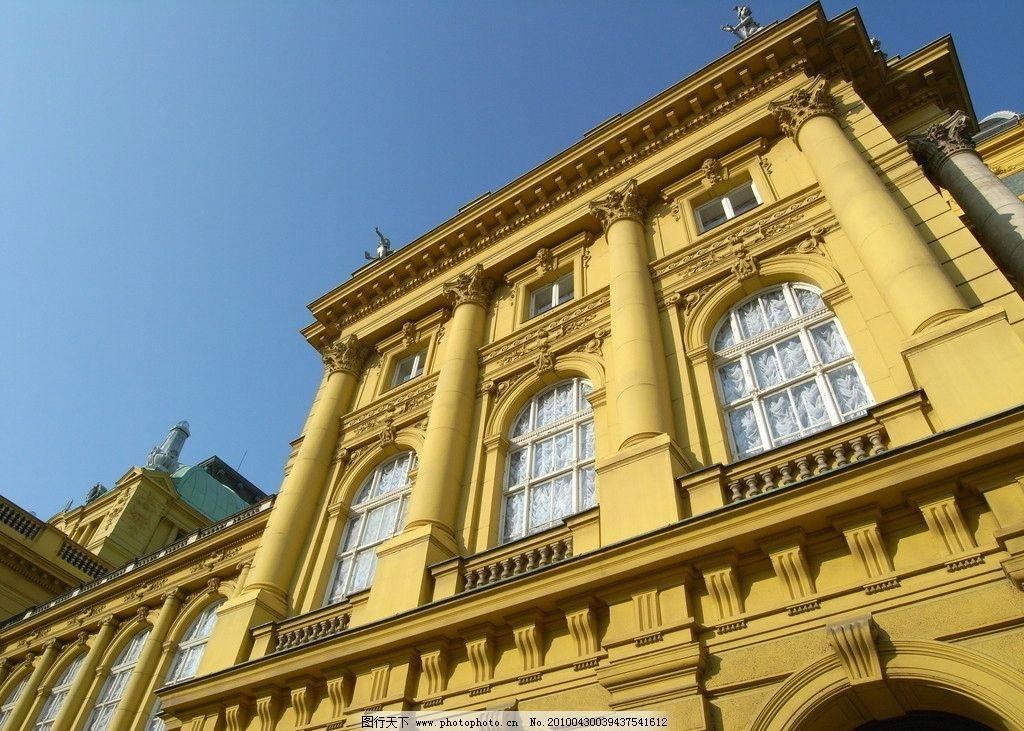 金色古建筑 建筑 古建筑 建筑设计 欧洲 古老 欧式设计 黄色 屋子