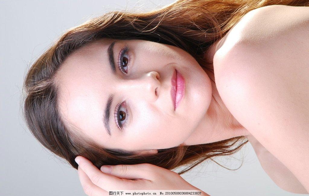 化妆品广告人物图片