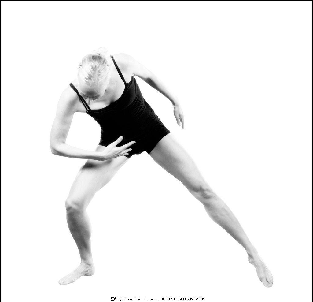 舞蹈人物 舞者 舞蹈 舞姿 女性 西方 黑白 室内 高雅 优雅 芭蕾 balle