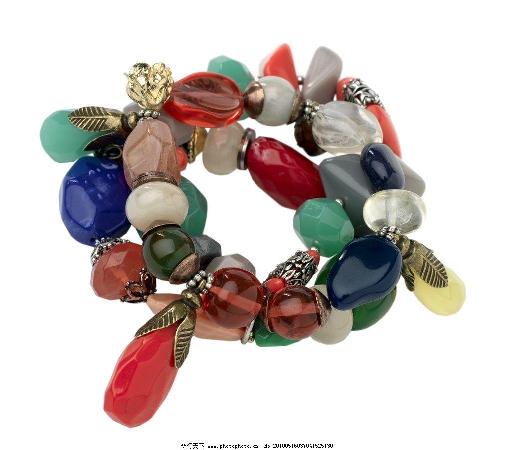 手链 彩色 民族风 宝石 粗手镯 设计素材 杂志 单品 时尚 淑女 成熟