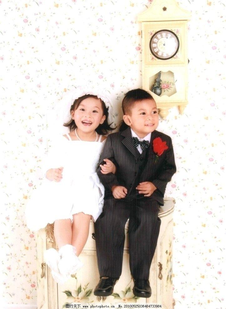 可爱宝贝组合 儿童 婚纱照 女孩 男孩 少儿 模特 人物素材 小情侣