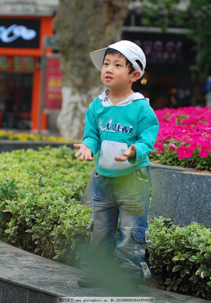 儿童幼儿 儿童 幼儿 男童 时尚宝贝 戴帽子的小男孩 可爱宝贝 可爱小
