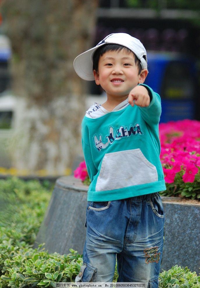 儿童幼儿 男童 时尚宝贝 戴帽子的小男孩 可爱宝贝 可爱小男孩