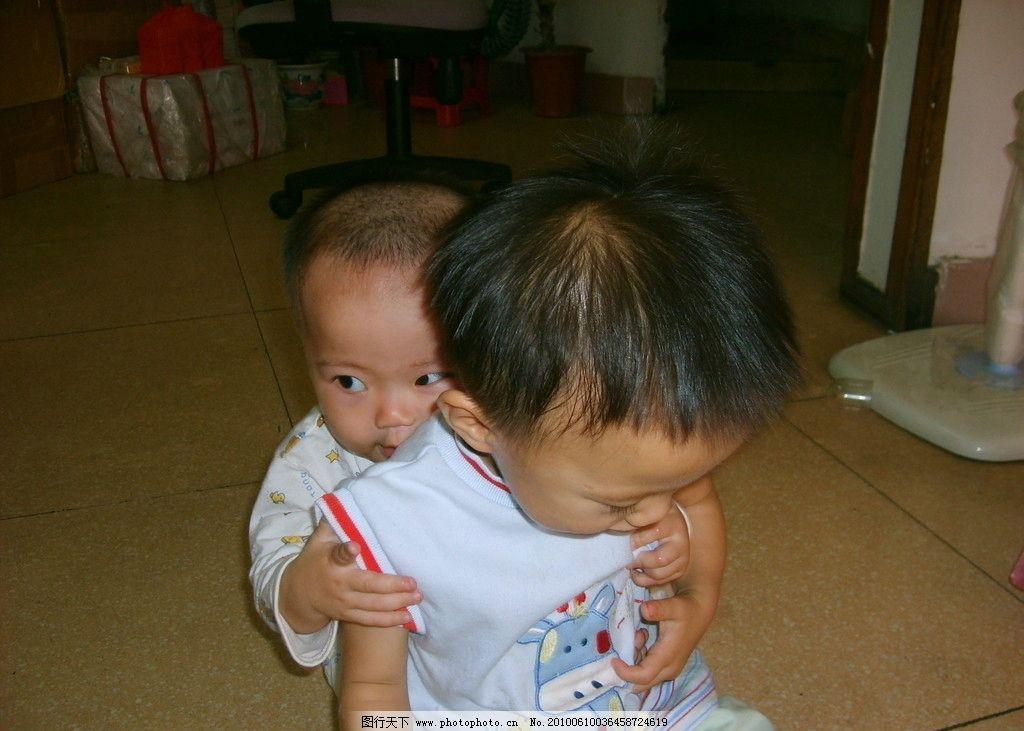 调皮小孩 小孩 可爱 玩 儿童 调皮 儿童幼儿 人物图库 摄影 96dpi jpg