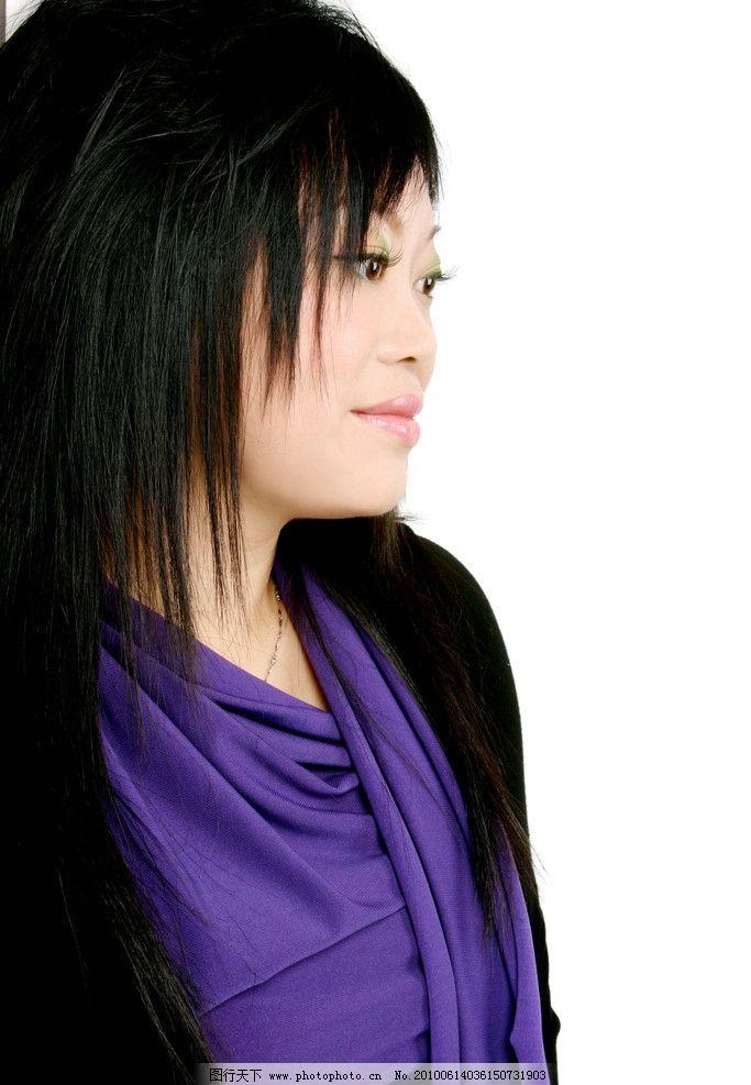 发型 照片 艺术照 微笑 侧面 短发 上半身 职业人物 人物图库