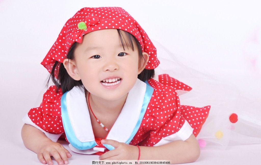 可爱宝宝 宝宝 儿童 女孩 矢量背景 帽子 开心女孩 儿童幼儿 人物图库