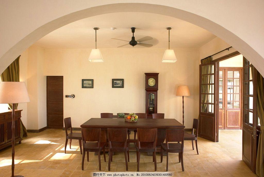 餐厅 红木餐桌 实木 仿古地砖