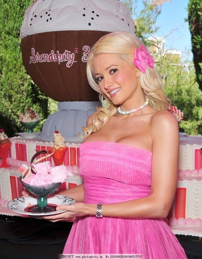 霍莉·麦迪逊_holly madison-Shes So Cute_james madison_ANna Nicole Smith_madison chock_ashleymadison ...